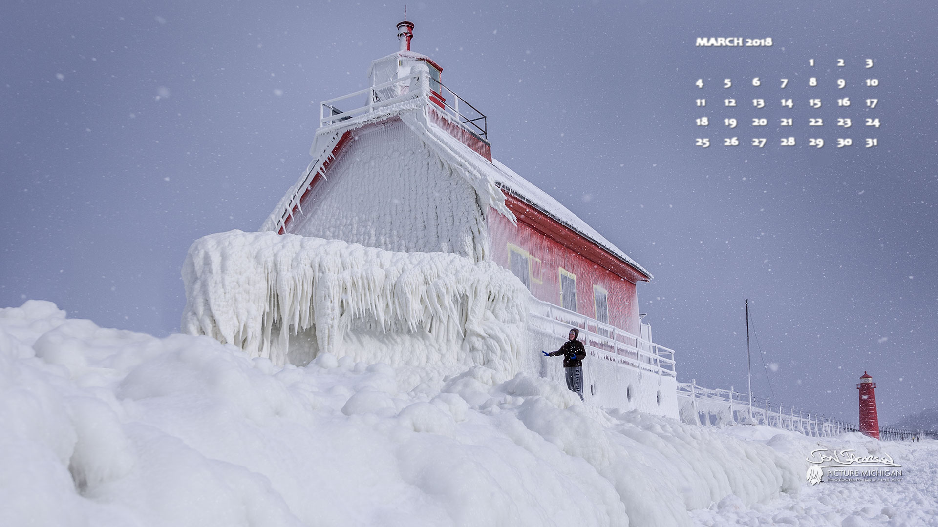 March 2018 Desktop Wallpaper Calendar -- Grand Haven Light