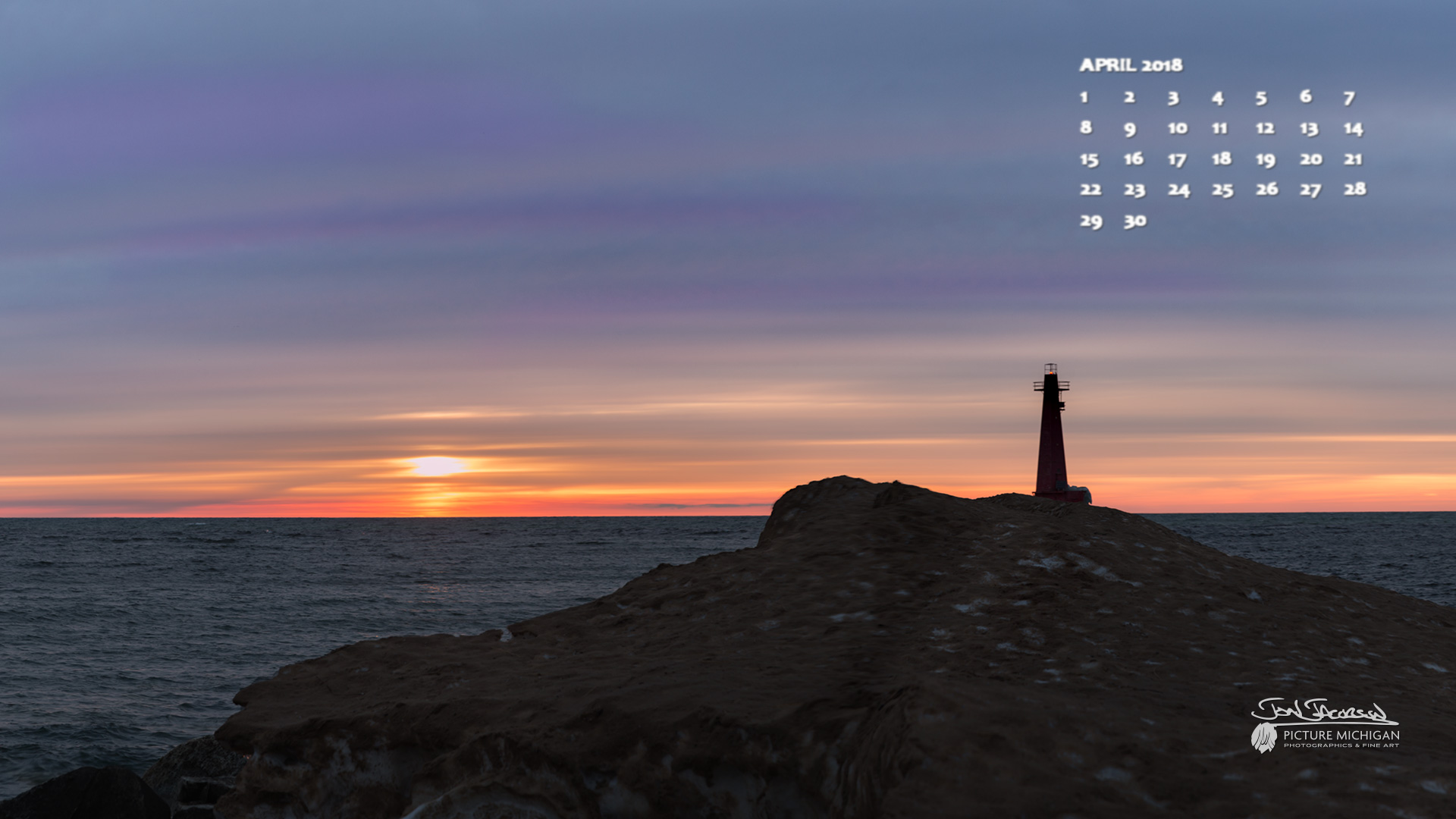 April 2018 Desktop Calendar Wallpaper - Lake Michigan